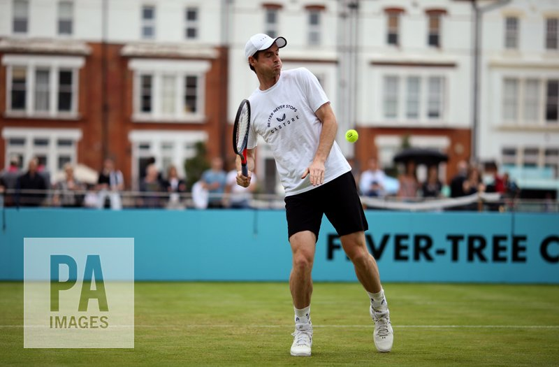 All smiles from #AndyMurray during practices today at the #FeverTreeChampionships #QueensTennis @PAImages #tennis https://t.co/85H03r68wB