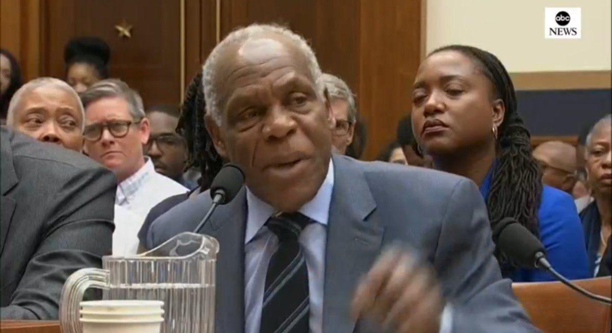 Danny Glover on @realDonaldTrump 's reelection campaign starting up:  I'm too old for this sh*t.   #ImpeachTrump  #ImpeachmentNOW<br>http://pic.twitter.com/Kq781ktADA