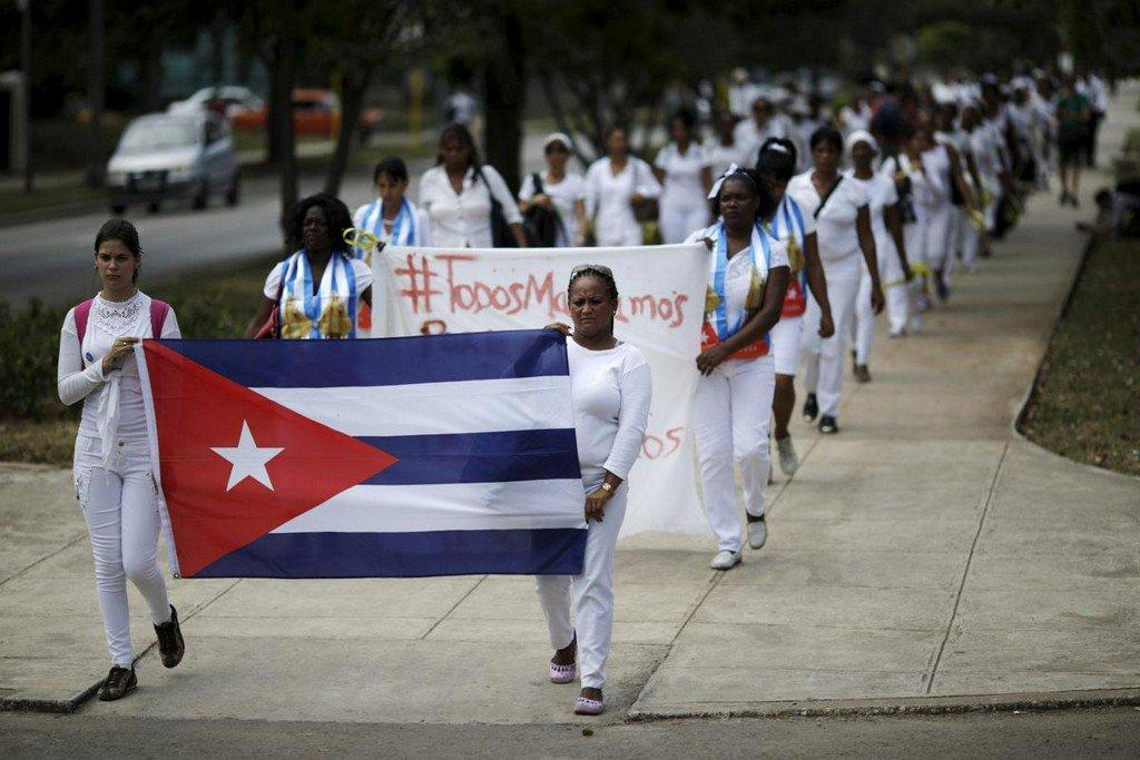 Cuba forces dissidents into exile, advocacy group says http://www.reuters.com/article/us-cuba-rights-idUSKCN1TK0Q8?utm_campaign=trueAnthem%3A+Trending+Content&utm_content=5d0a1f3fb1a3150001dd93d8&utm_medium=trueAnthem&utm_source=twitter…