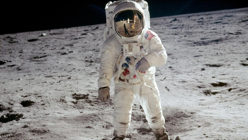 "July 20, 1969 was ""...one small step for a man, one giant leap for mankind."" 🌑👨🚀 50 years later, were commemorating @NASAs #Apollo50th anniversary with a #NASASTEM 📺 special! Save the date & join us LIVE on July 19th at 3pm ET to be a part of the celebration! 🎉"