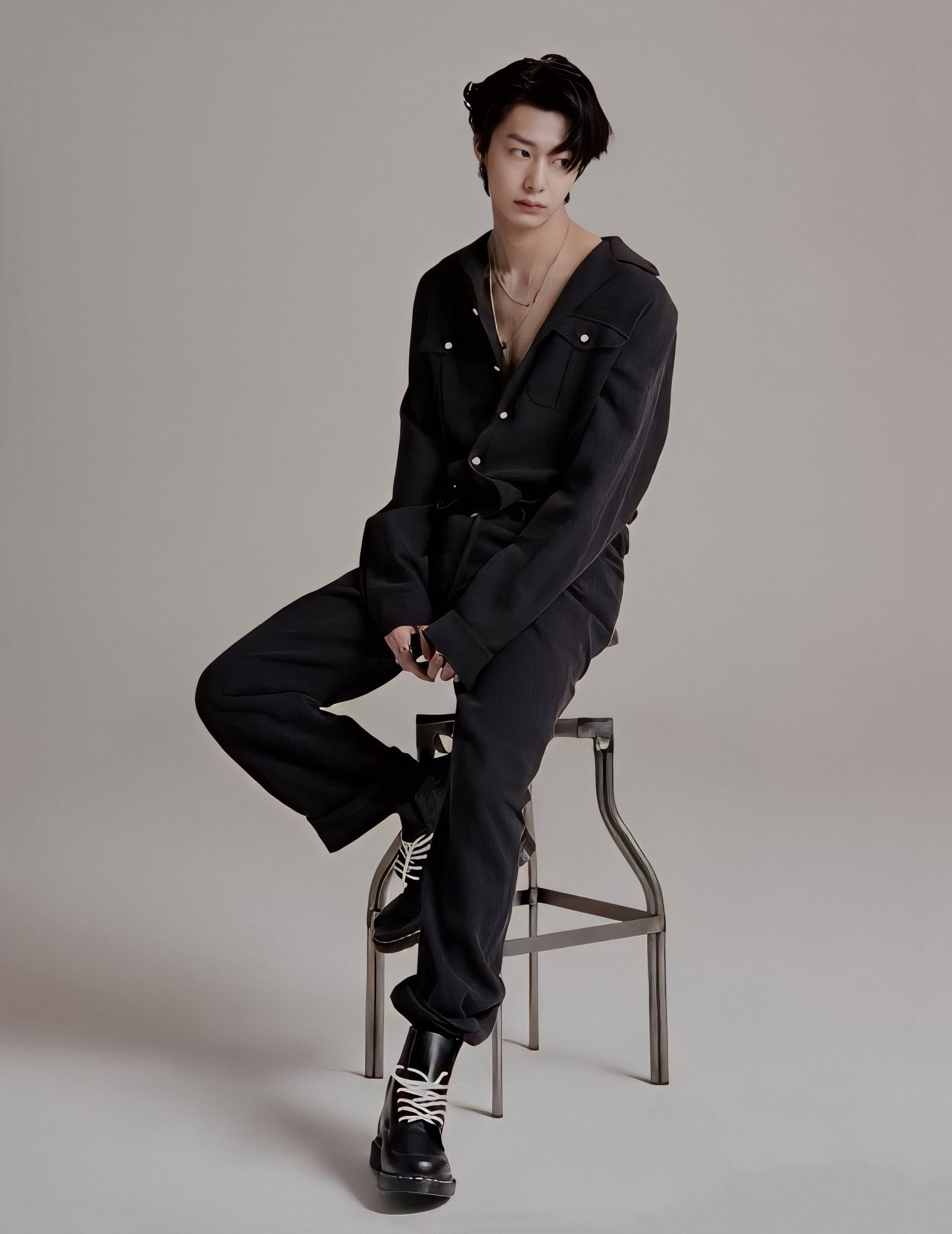 """fantasia x ✨ on Twitter: """"hyungwon in photoshoots is like a ..."""