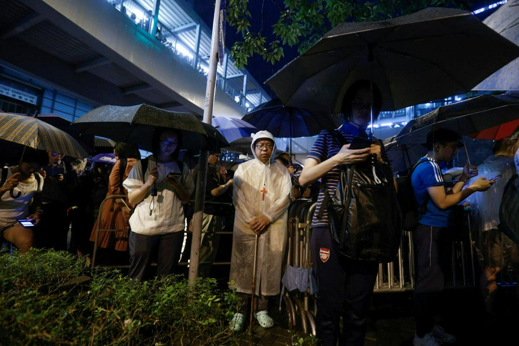"""""""Sing Hallelujah to the Lord"""" an unlikely anthem of Hong Kong protests http://www.reuters.com/article/us-hongkong-extradition-protesters-halle-idUSKCN1TJ16T?utm_campaign=trueAnthem%3A+Trending+Content&utm_content=5d0a2c16e84fc20001cefdd5&utm_medium=trueAnthem&utm_source=twitter…"""