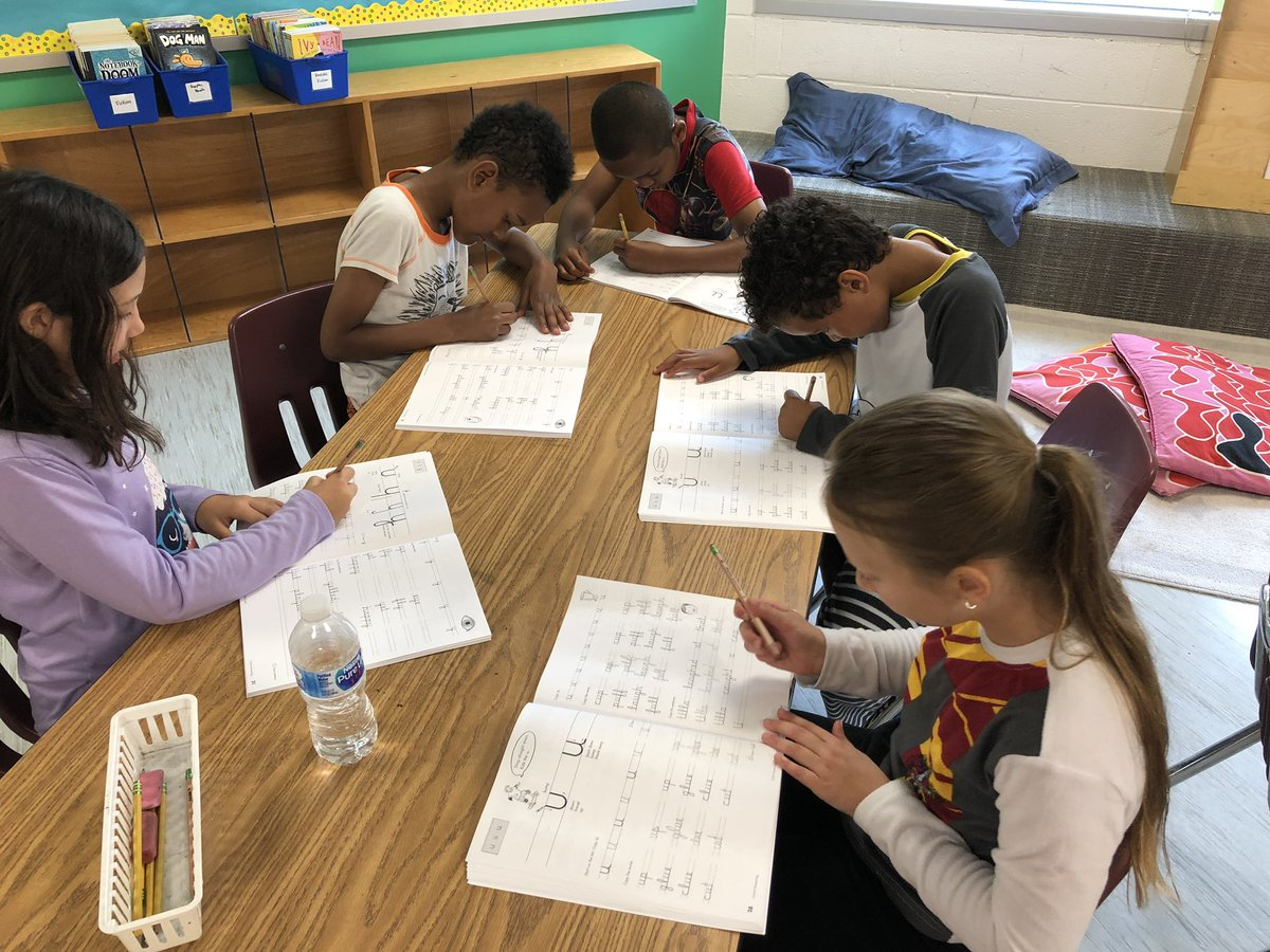What could be more fun than practicing cursive in your pjs 😜 <a target='_blank' href='http://twitter.com/AbingdonGIFT'>@AbingdonGIFT</a> <a target='_blank' href='http://search.twitter.com/search?q=ABDrocks'><a target='_blank' href='https://twitter.com/hashtag/ABDrocks?src=hash'>#ABDrocks</a></a> <a target='_blank' href='https://t.co/Gif5oSrxkf'>https://t.co/Gif5oSrxkf</a>