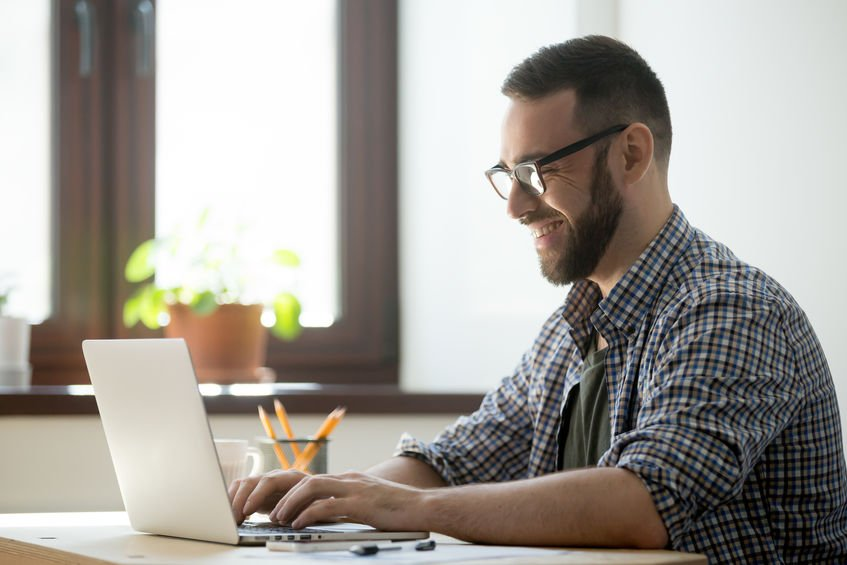 First time #business owners will benefit greatly from these tips from Forbes Magazine.   https://www. forbes.com/sites/mikekapp el/2017/07/12/10-tips-for-starting-a-small-business-that-you-havent-heard-a-thousand-times-already/?utm_source=s5_twitter_post&utm_medium=twitter&utm_campaign=s5_87631  …  #entrepreneur <br>http://pic.twitter.com/5idsrmTun4