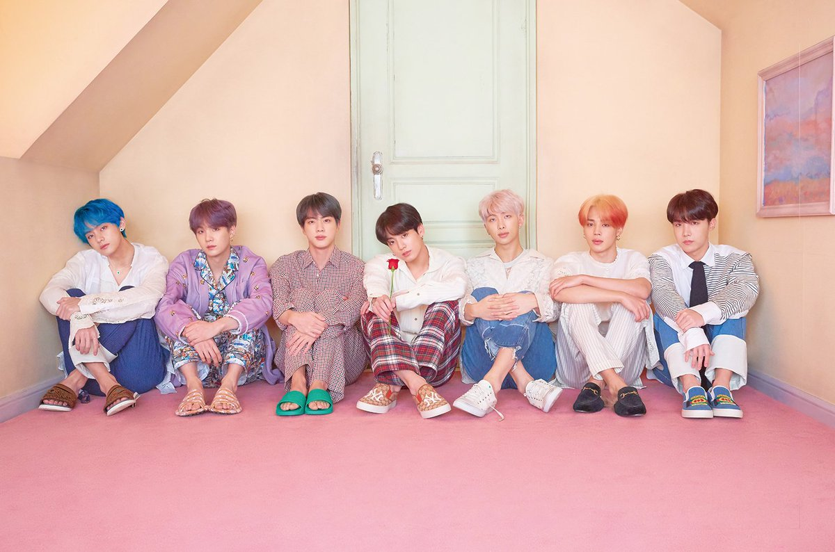 [UCC] BTS sells over 600,000 tickets on first stadium tour according to Billboard  https://www. allkpop.com/article/2019/0 6/bts-sells-over-600000-tickets-on-first-stadium-tour-according-to-billboard   … <br>http://pic.twitter.com/tK2PAyc4oI
