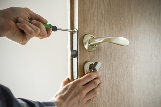 Door Installations and Repair Doors wear a lot due to their purposes. Most homeowners are continually worrying about the appearance of their doors. https://emergencylocksmithsheffield.co.uk/locksmith-services/door-installation-repair/ …