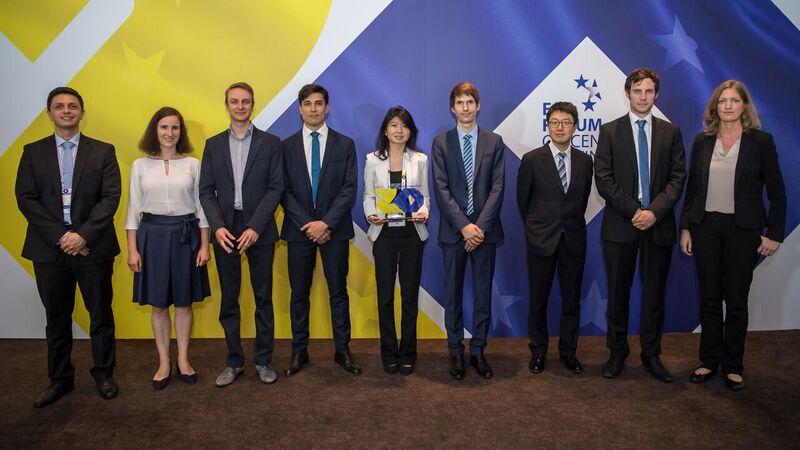 Congratulations to the 2019 young economists' competition winner – Leslie Sheng Shen from the United States – and to all of the finalists!  Find out more about their research on our website https://www.ecb.europa.eu/pub/conferences/ecbforum/poster_session/html/index.en.html… #ECBForum #EUROat20