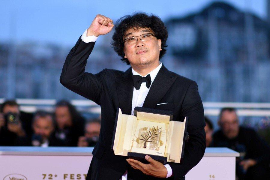 #SongKangHo e #BongJoonHo incontrano il pubblico a #Locarno72. L'attore e il regista Palma d'oro a #Cannes2019 con il film #Parasite sono attesi a #LocarnoFilmFestival martedì 13 agosto.  http://www.rbcasting.com/?p=130102