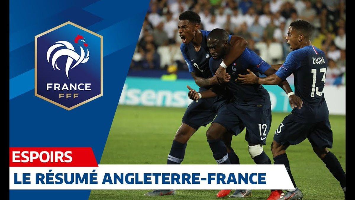 Pour son entrée en lice dans l#EuroEspoirs, les Bleuets se sont imposés 2-1 contre lAngleterre 🇫🇷🏴 Menés au score, les hommes de Sylvain Ripoll ont réussi une fin de match folle en inscrivant des buts à la 89 et 95ème minute ! #ANGFRA