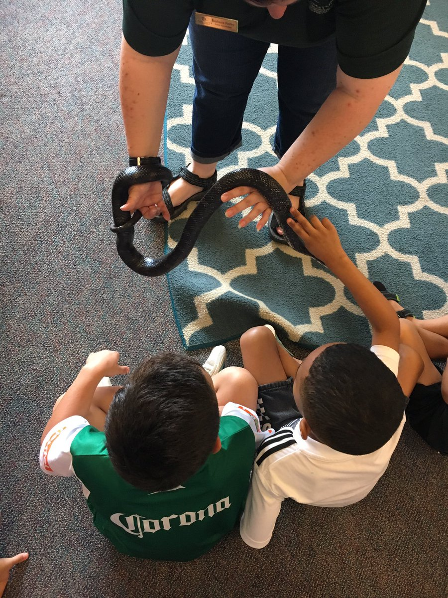 A visit from Long branch nature center! <a target='_blank' href='http://search.twitter.com/search?q=HFBTweets'><a target='_blank' href='https://twitter.com/hashtag/HFBTweets?src=hash'>#HFBTweets</a></a> <a target='_blank' href='http://search.twitter.com/search?q=apsisawesome'><a target='_blank' href='https://twitter.com/hashtag/apsisawesome?src=hash'>#apsisawesome</a></a> <a target='_blank' href='https://t.co/UPdHt7pE5P'>https://t.co/UPdHt7pE5P</a>