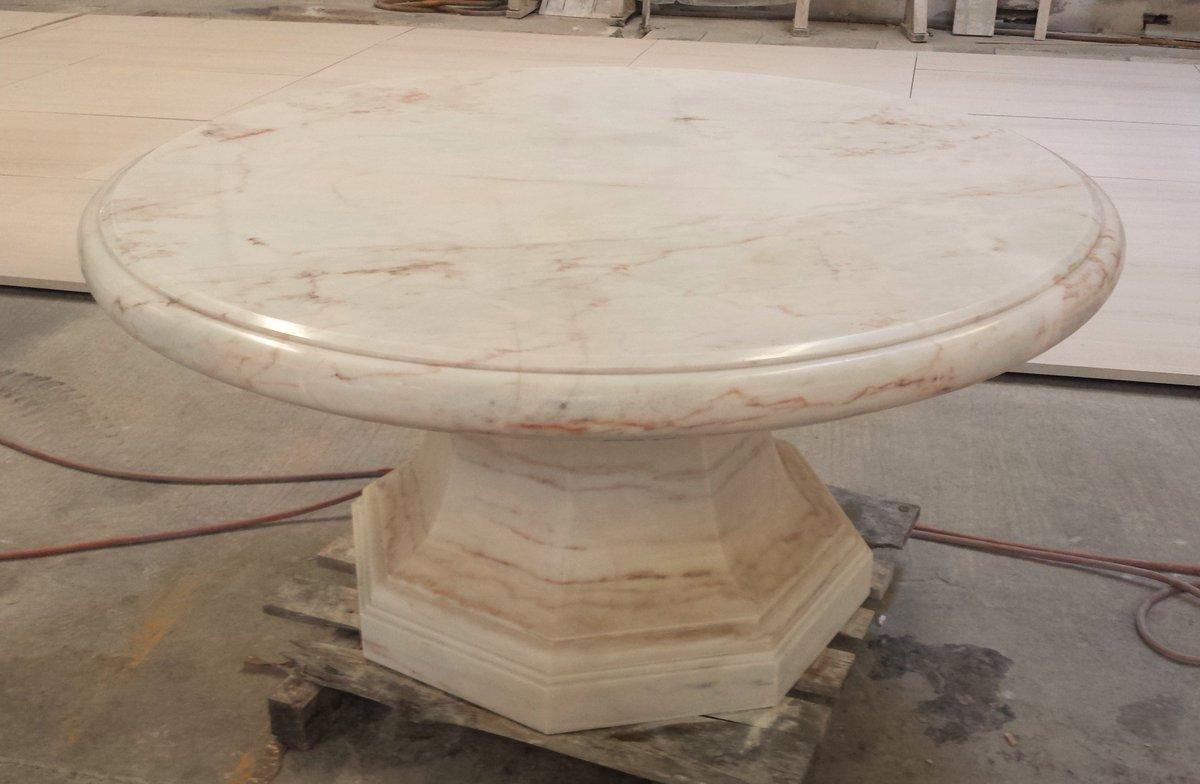 🇮🇹 Tavolo in Marmo Rosa Portogallo.  🇬🇧 Table in Pink Portugal Marble.  #marmo #rosa #portogallo #architettura #scultura #design #pietra #naturale #marble #pink #portugal #architecture #sculpture #stone #natural