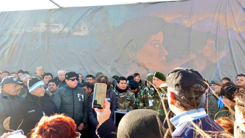 """🇦🇷 A 37 años del #DiaQueMadrynSeQuedóSinPan un veterano remarca: """"nunca nadie nos dio tanto cariño como el Pueblo de Puerto #Madryn cuando sentíamos que teniamos nuestra llama interior apagada"""" #Chubut #Malvinas #Veteranos"""