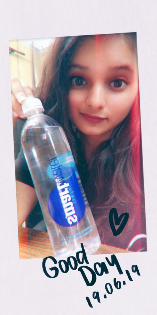 Better way to start your day with a bottle of @smartwater this post isn't sponsored even tho I wish it was, i m not even a blue tick person but still i wish they repost it #purityculture #cloudpurity @smartwaterind #twitter #Instagram #snapchat @smartwater_uk @SmartwaterZA