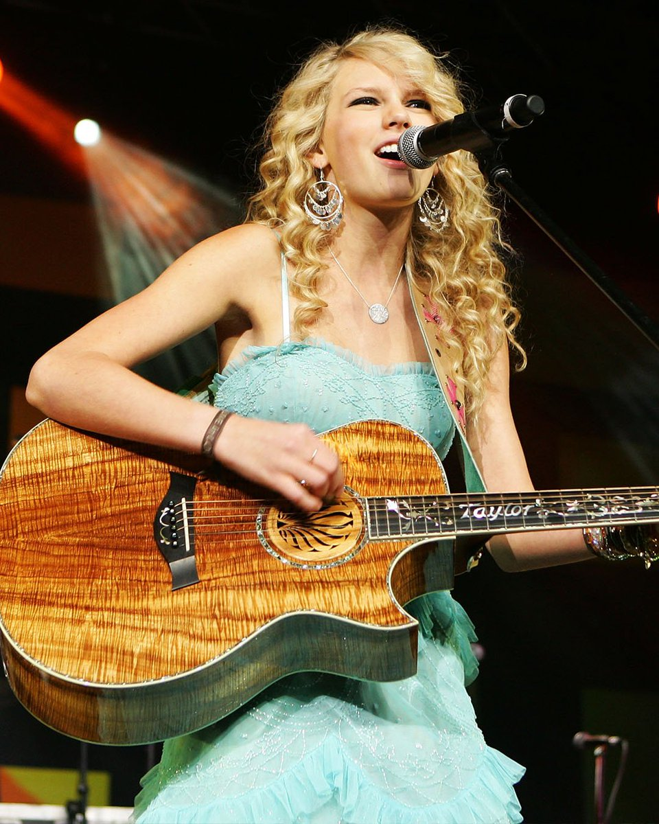13 years ago, @taylorswift13 released her debut single. She may have won 10 GRAMMYs since then, but some things will never change.  Happy #13YearsOfTaylorSwift!  https:// et.tv/2XXG0ks    <br>http://pic.twitter.com/pyC2eDaURv
