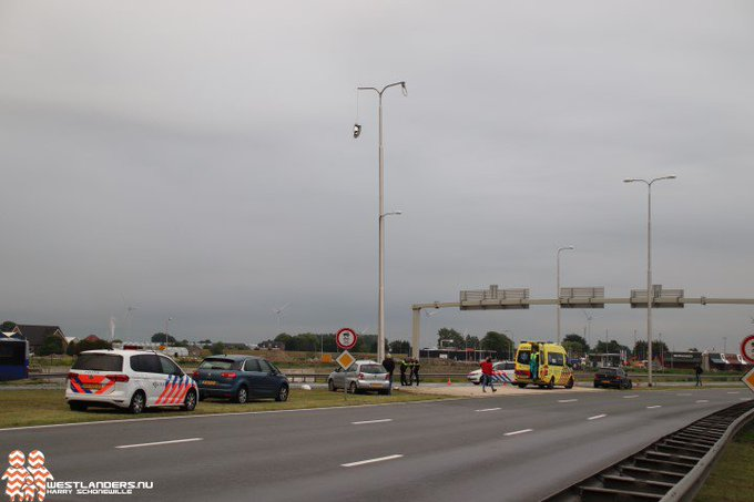 Licht gewonde bij ongeluk Westerleeplein https://t.co/bnvsflaNcO https://t.co/NkN9P9T0Du