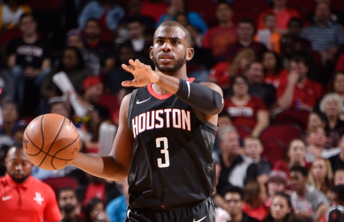The Knicks reportedly declined a trade offer that would send Chris Paul to NY   More: http://cmplx.co/MuUVNRS