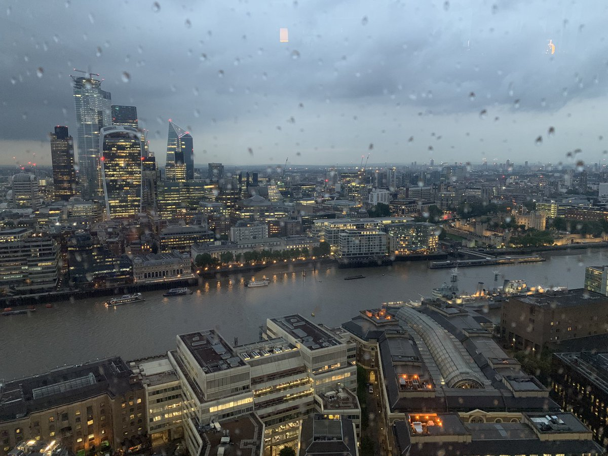 Gaining a new perspective on #London from the #Shard. After a week of working on the area boundaries, this perspective is hugely appreciated! :) #spatialnavigation #routeplanning #fantasticview #PALS_uclpic.twitter.com/QZi4x3gh3K