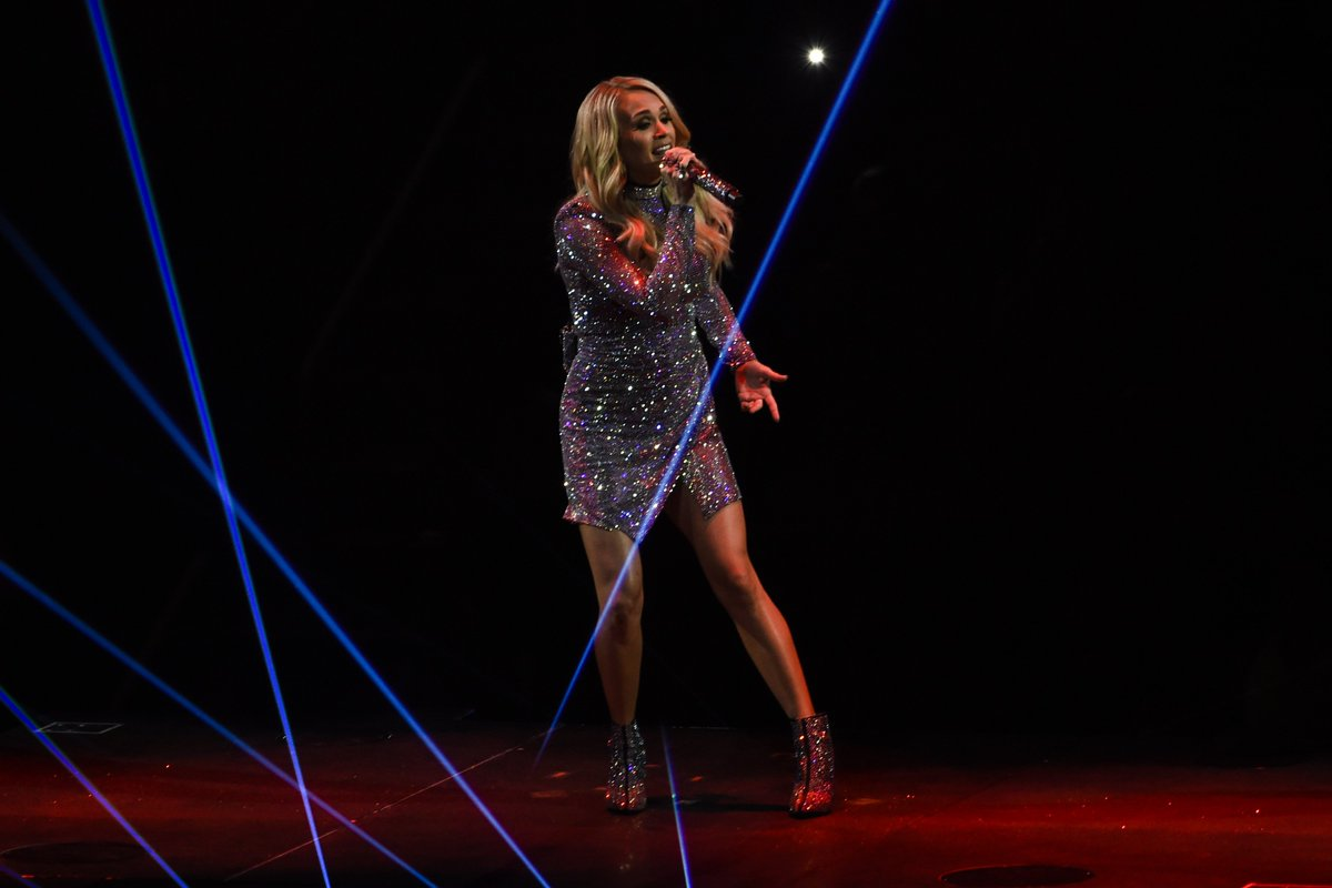 We had so much fun hosting @carrieunderwood last night for her #CryPretty360Tour! 📷 @Joe_Puetz