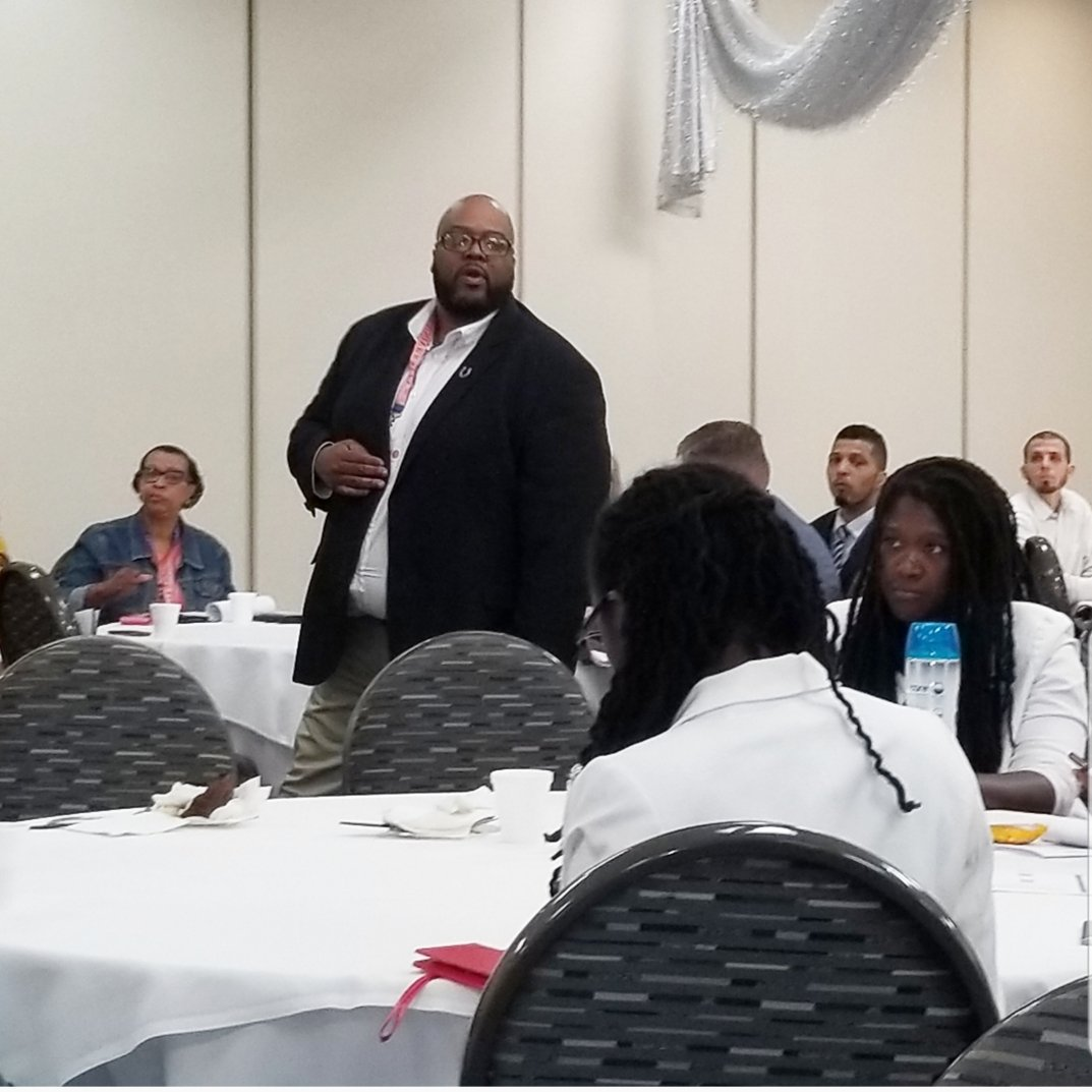 Enjoyed another great opportunity to share my passion for education, leadership, equity and diversity with Virgina State University. VSU was outstanding and very classy!!! #virginiastateuniversity  #kentuckystateuniversity  #EdLeaders #equityanddiversity #blackmaleeducators<br>http://pic.twitter.com/LCv5uZBSjv