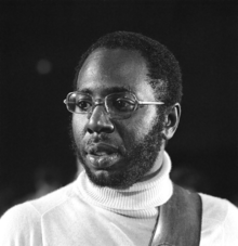 Starting a thread of black artists who were hella talented and no longer with us? My submission #CurtisMayfield #weallgonnago<br>http://pic.twitter.com/xvps2toplp