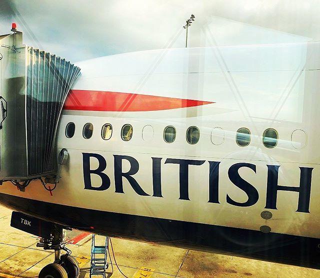 Boarding completed ✈️🛫 #avgeek #aviation #aviationgeek #aviationlovers #aviationphotography #instaaviation #instagramaviation #instaplane #megaplane #airplane #aircraft #plane #planespotting #planespotter #boeing #777 #britishairways #london #heathro… http://bit.ly/2XlzAhN