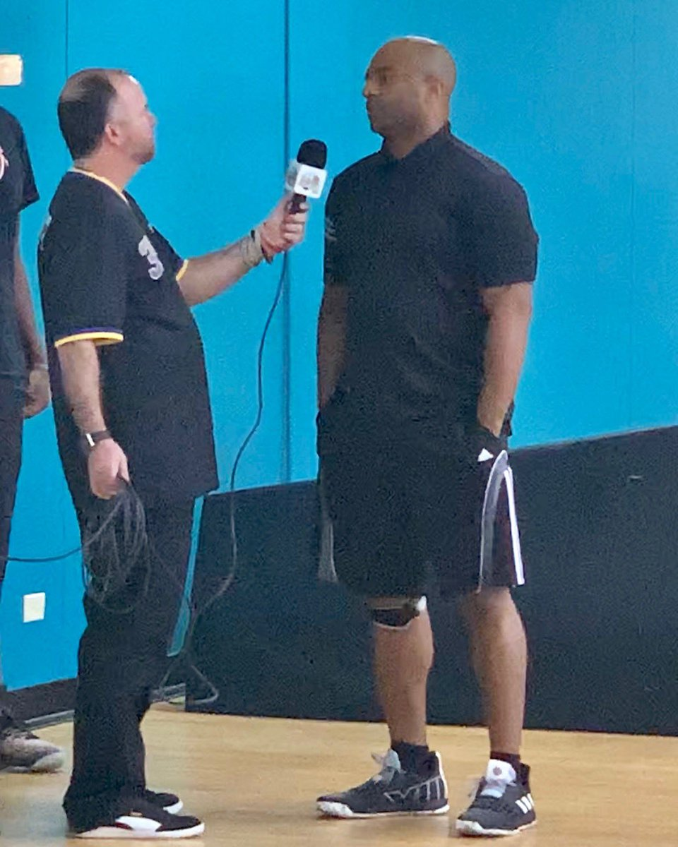 2019 Super 60 Showdown Bahamas Tim Fields talks to a Bahamian television reporter on the mission of this showcase... #Super60 #Nassau #Bahamas #GetMeRecruited