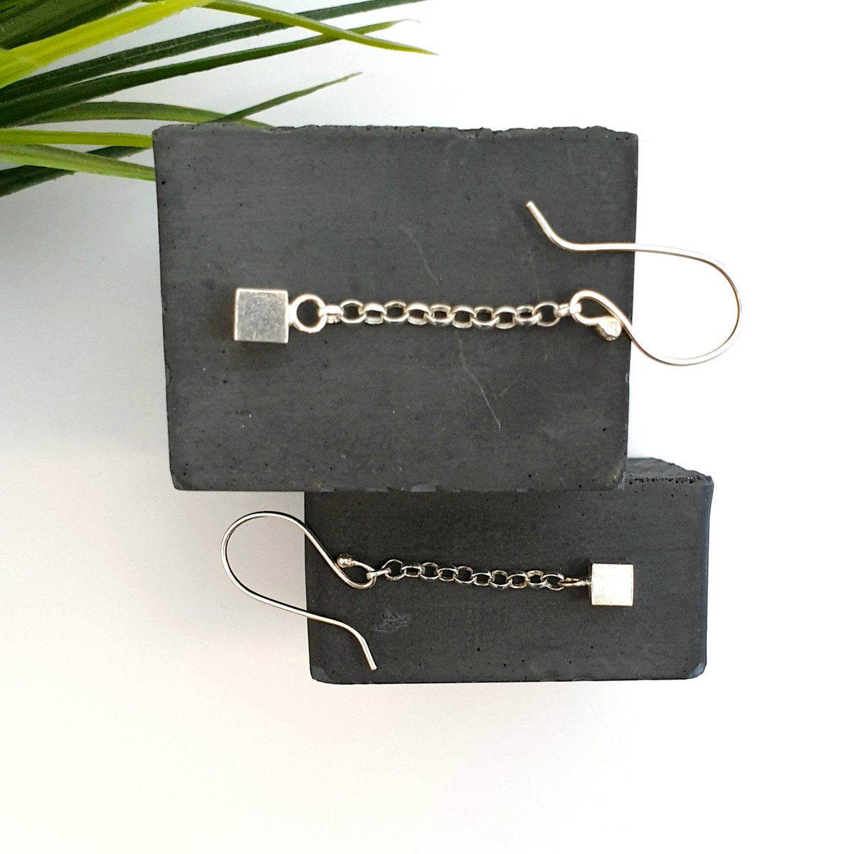 I'd love to know what you think of these silver dangly cube earrings!   #handmadehour #CraftBizParty #UKCraft #sbs<br>http://pic.twitter.com/CpOWypyCpx