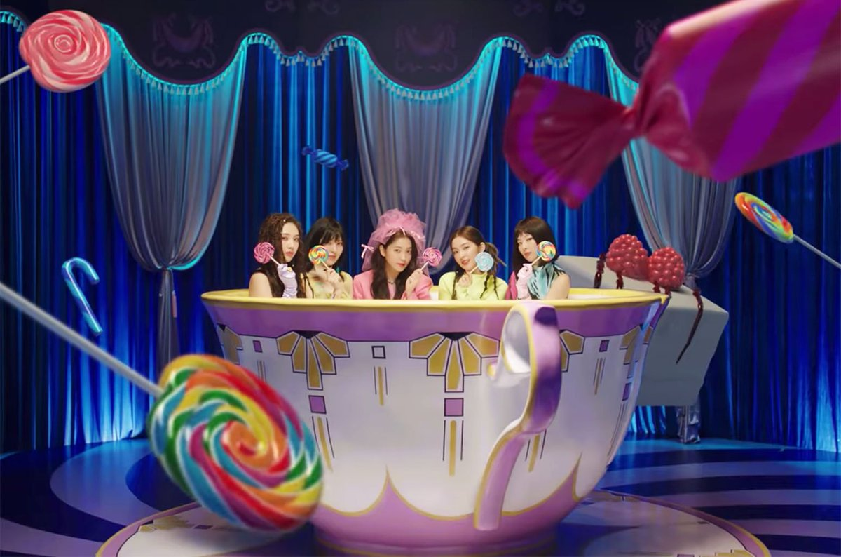Watch @RVsmtown take a magical ride in #Zimzalabim video  https:// blbrd.cm/IxoUIG     <br>http://pic.twitter.com/NwtD5ad9BX