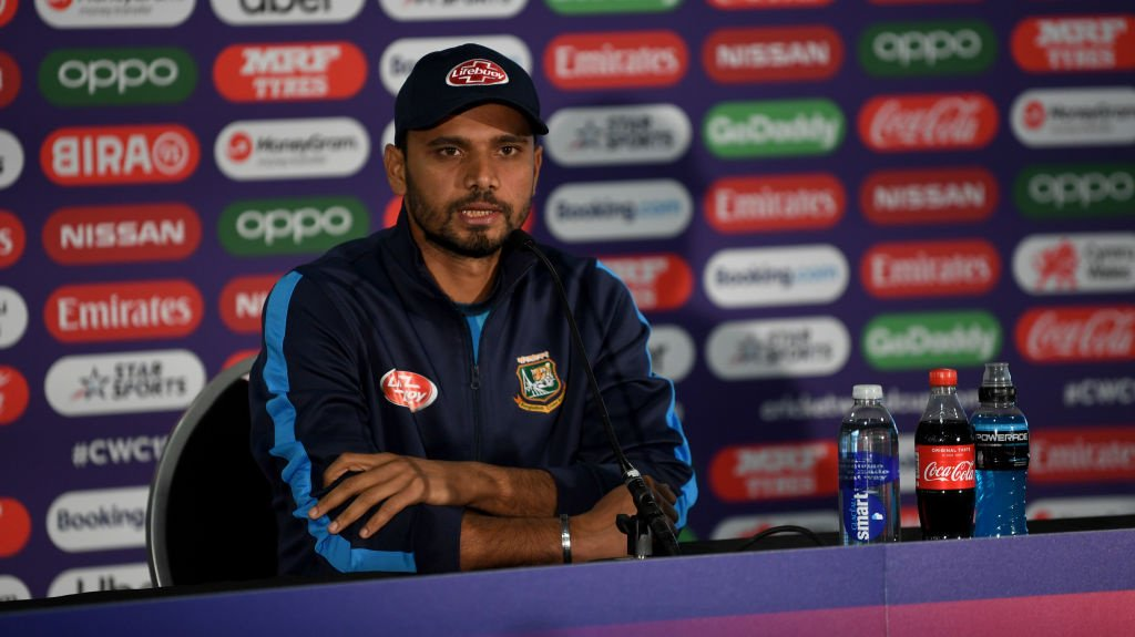 ICC CRICKET WORLD CUP | Bangladesh captain Mashrafe Mortaza says his side will be taking a fearless approach into tomorrow's clash, but Alex Carey feels Australia are well prepared.#AUSvBAN preview 👉http://socsi.in/y_9PlqT #cwc19