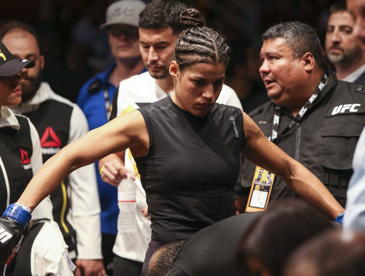 Sara McMann injured, Julianna Pena in talks to fight Nicco Montano at #UFCSacramento https://www.mmamania.com/2019/6/19/18691806/sara-mcmann-injured-julianna-pena-talks-fight-nicco-montano-ufc-sacramento?utm_campaign=mmamania&utm_content=chorus&utm_medium=social&utm_source=twitter …