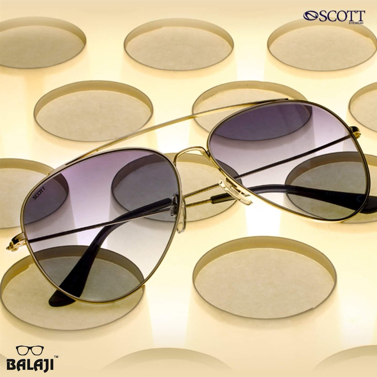 Let the light guide you to your favourite pair of #scottsunnies.   #ISeeYou #SpringSummerCollection #Sunglasses #ScottEyewear #Style #FashionEyewear #DesignerEyewear #LatestCollection #ScottEyewearXAKSK #SonamKapoor #AnilKapoor #summer #BalajiOpticalCo. @Balajiopticalco
