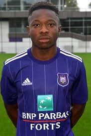 Francis Amuzu (19) looks like a real talent for Belgium. Younger than most in the competition, he relentlessly looks to take players on. Rapid with extremely close control, @rscanderlecht might just have another gem in the making.#EuroU21 #U21Euros #U21EM #SPABEL #Belgique
