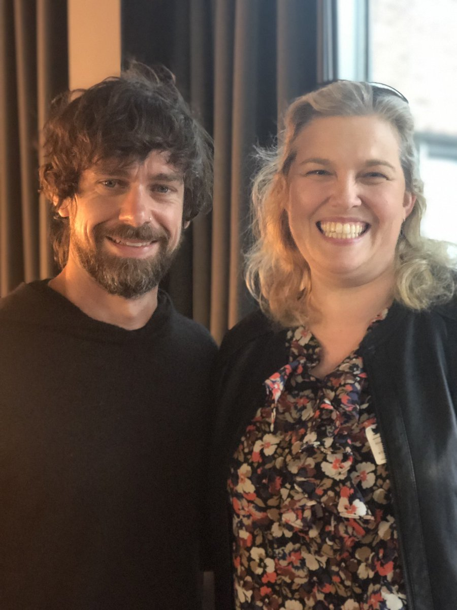 So, in conversation with the very sound @jack tonight at @TwitterDublin first ever #tweetup what the day job was in Twitter speak..  🤔 well, it's all things 🇮🇪 + 🇪🇺,  recently busy on #EUelections2019 ... and for the last while, bit of #Brexit   🙏 @smcs 📷 #TweepTour