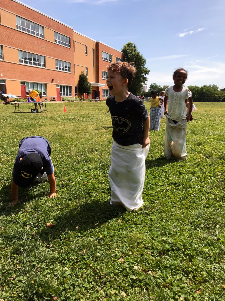 The heat couldn't stop us during Field Day this past Monday! <a target='_blank' href='http://search.twitter.com/search?q=hfbtweets'><a target='_blank' href='https://twitter.com/hashtag/hfbtweets?src=hash'>#hfbtweets</a></a> <a target='_blank' href='https://t.co/Q2bjP8hZ29'>https://t.co/Q2bjP8hZ29</a>