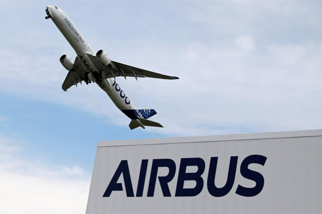 Airbus seals deals with big buyers, following Boeing's MAX sale http://uk.reuters.com/article/uk-france-airshow-idUKKCN1TK0G5?utm_campaign=trueAnthem%3A+Trending+Content&utm_content=5d0adbfce84fc20001cf07cd&utm_medium=trueAnthem&utm_source=twitter …