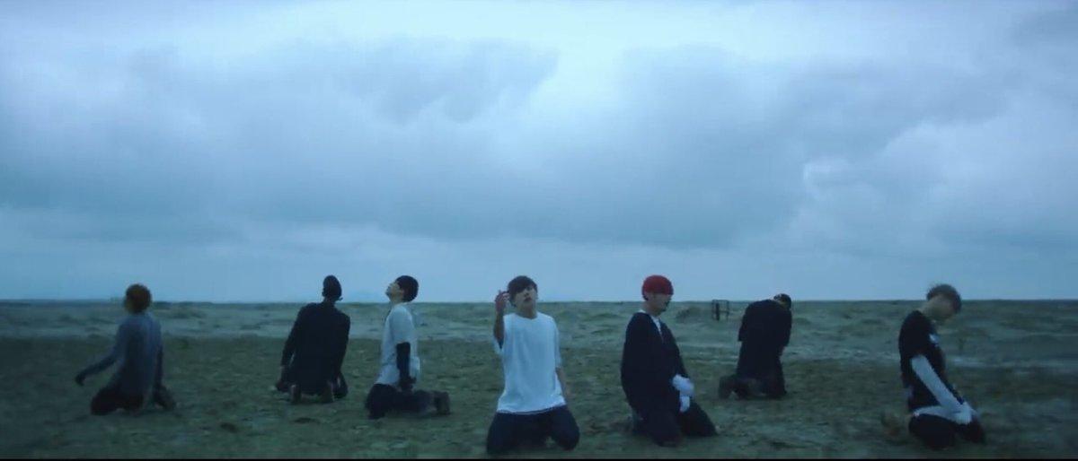 와아아 축하해요!!🎉🎊 #세입미4억뷰 #SaveMe400M #방탄소년단 #BTS @BTS_twt
