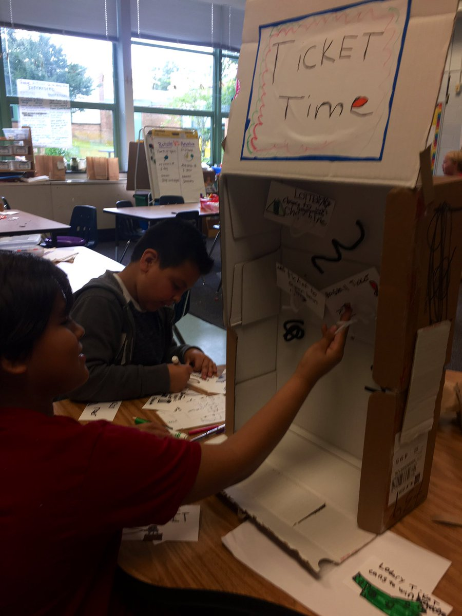 Entrepreneurs in action preparing for Friday's Turtle Tank!  Families are welcome to attend - pitches will start after Community Meeting! <a target='_blank' href='http://twitter.com/CampbellAPS'>@CampbellAPS</a> <a target='_blank' href='https://t.co/dt819HTX4n'>https://t.co/dt819HTX4n</a>