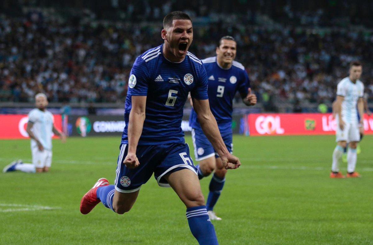 КА. Аргентина - Парагвай 1:1. Дерлис Гонсалес не забил пенальти и спас альбиселесте от фиаско - изображение 3