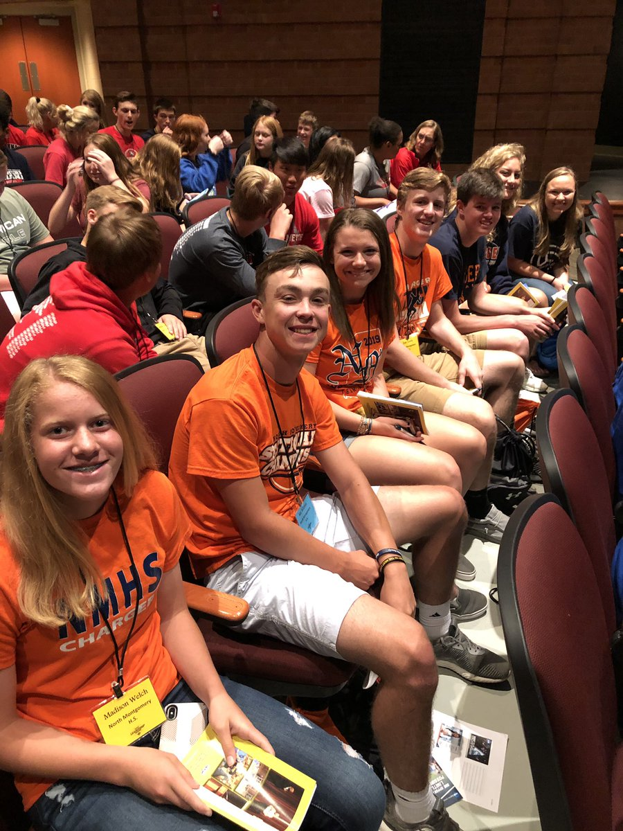 Chargers representing at the @IHSAA1 Leadership Conference! <br>http://pic.twitter.com/Vl5vbsaHoY