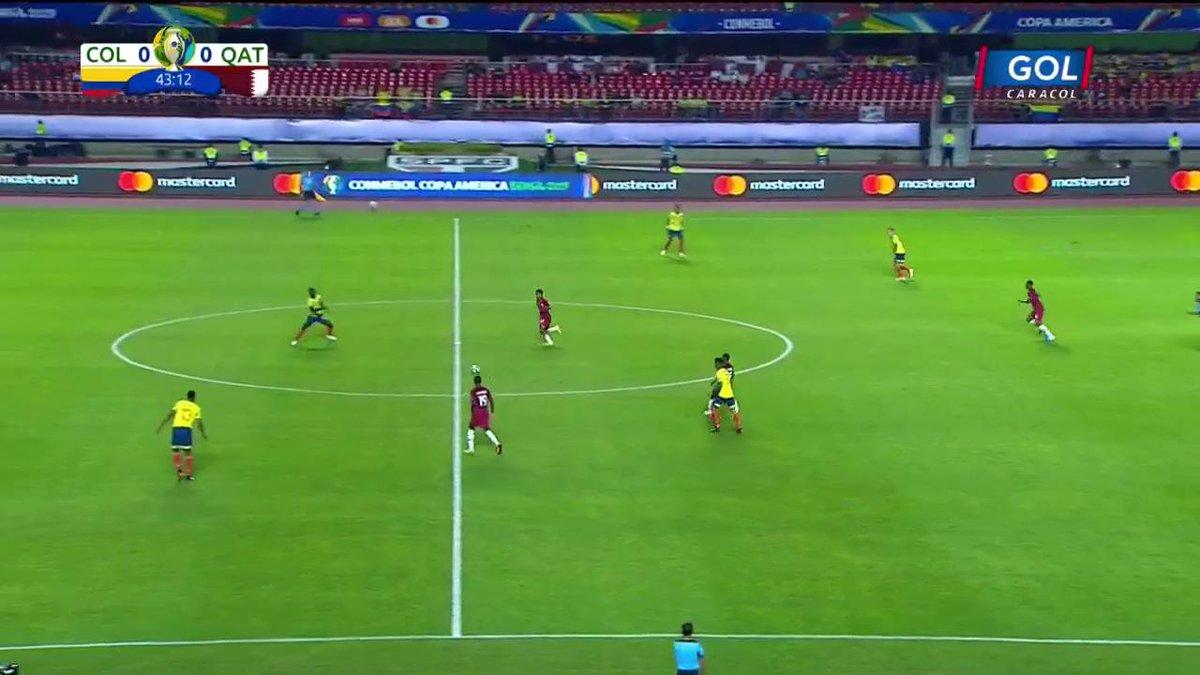 #VamosColombia ¡Fuerte falta recibe Dávinson Sánchez en los últimos minutos del primer tiempo!https://copaamericaenvivo.gol.caracoltv.com/