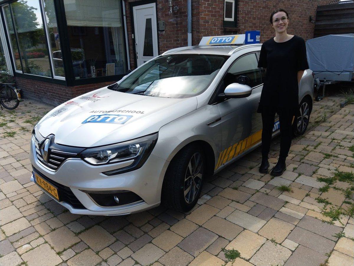 test Twitter Media - Willianne van Tienhoven vandaag geslaagd voor haar rijbewijs. Gefeliciteerd! https://t.co/a61XH4Hi05