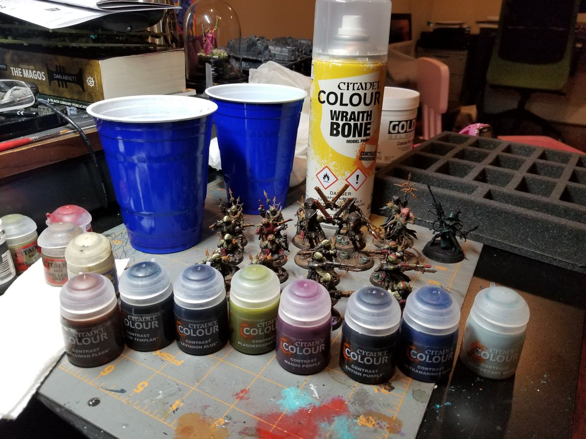Contrast paints are here! Wish I had gotten a couple more browns... #Warmongers #PaintingWarhammer #Warhammer40k #ContrastPaints