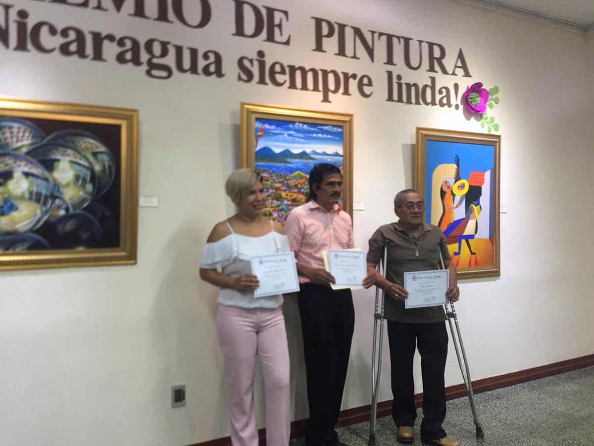 """#AlDía Banco Central de Nicaragua premia a ganadores del concurso de #pintura """"Nicaragua Siempre Linda 2019"""". 😍🇳🇮"""