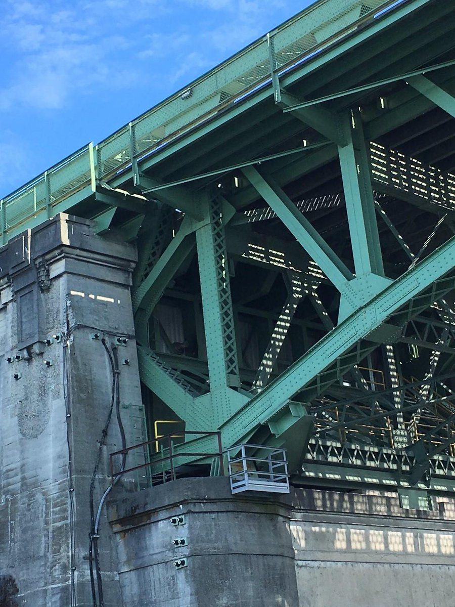 TAKE THE SURVEY! HERE! Share your input on the future of the Ballard Bridge.  We're launching a planning study to assess the future of the Ballard Bridge. Details in our blog: http://fal.cn/ssfR