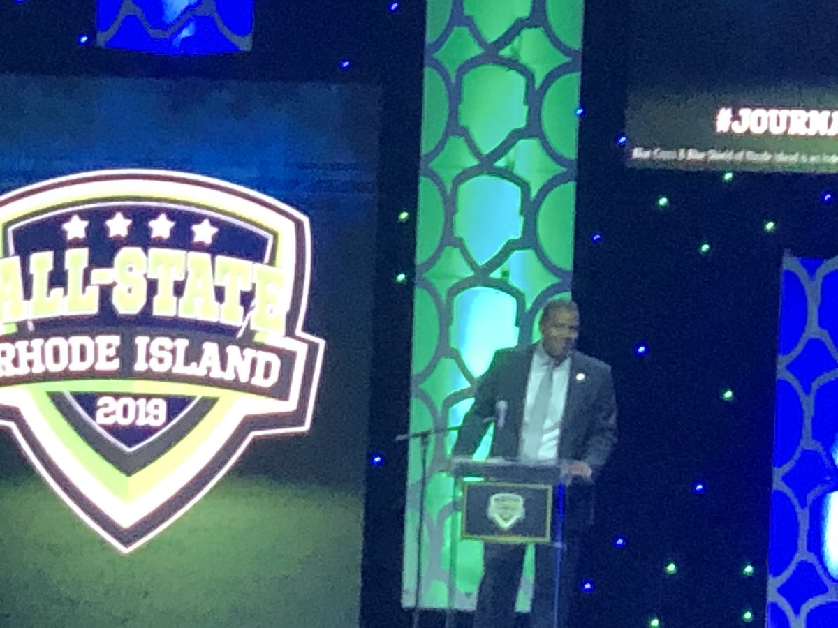 RT @FriarFrenzy: Ed Cooley giving opening remarks at the #journalallstate banquet. Awesome as usual. #pcbb https://t.co/Z7kGqkN5Vp