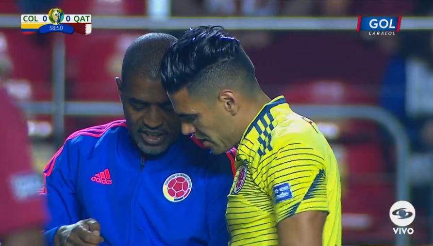 Falcao García recibe indicaciones ¡El 'tigre' saltará a la cancha! - http://bit.ly/2WJ3RTA#VamosColombia