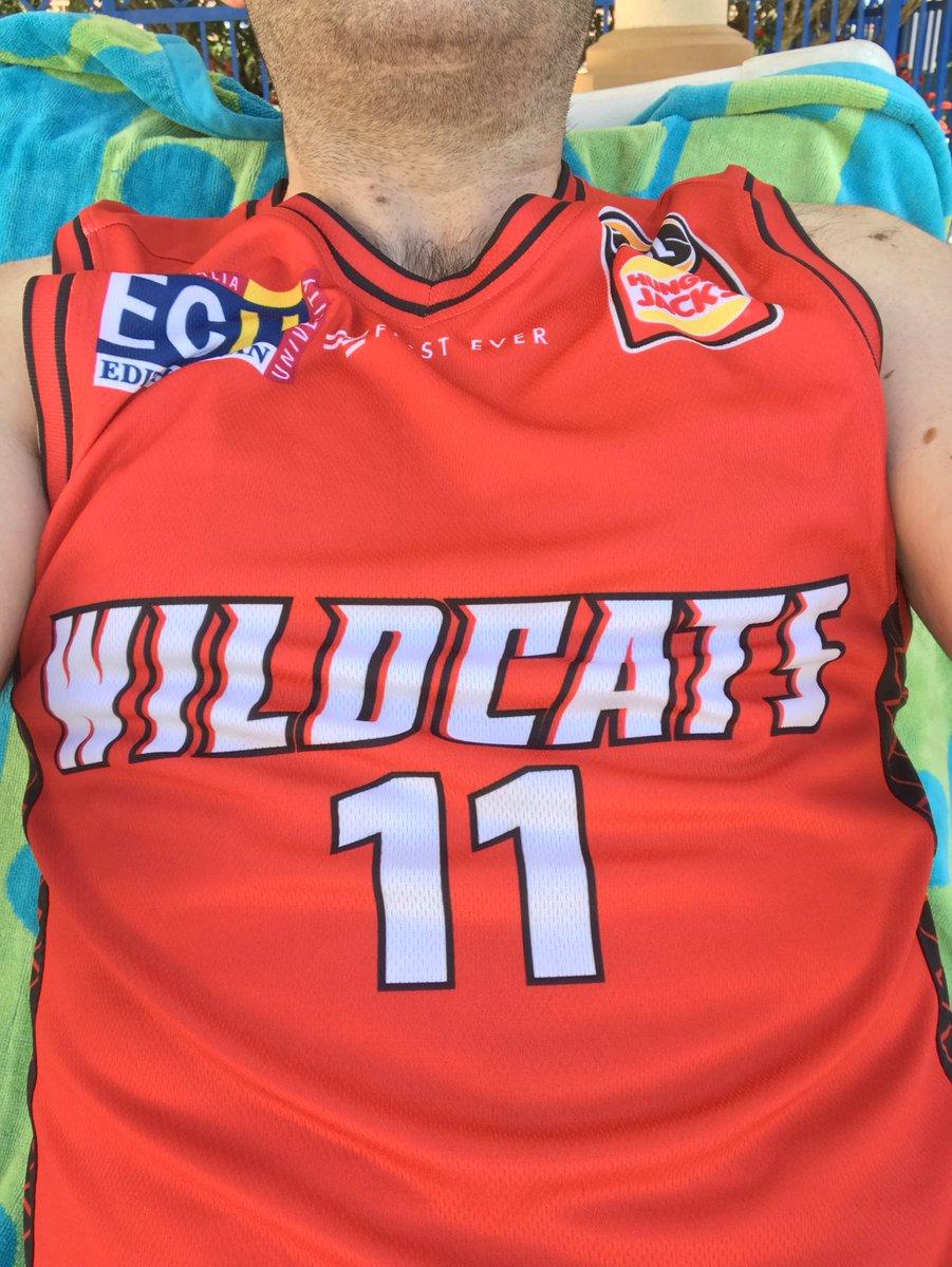 @hardwiredsports Bryce Cotton Perth Wildacats (aka @perthbandits) #pcbb https://t.co/oR3EeD22gL