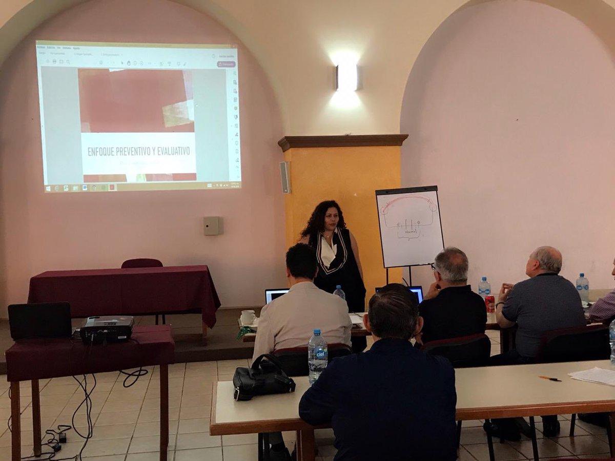 @garridoesme en la Formación permanente de los @misionerosmg en #Guadalajara #PrevenciónNuestroCompromiso @CCP_Rome