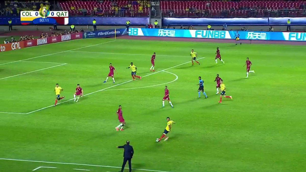 #VamosColombia ¡Ahora la opción de gol la tuvo M. Uribe! https://copaamericaenvivo.gol.caracoltv.com/
