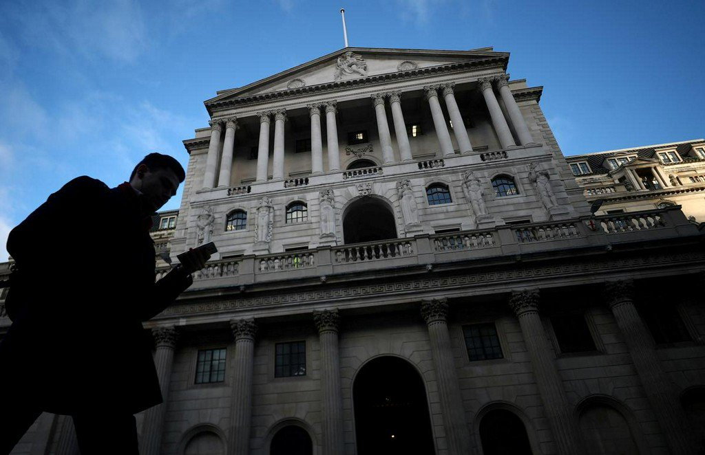 Bank of England to plough lone furrow with rate hike message http://uk.reuters.com/article/uk-britain-boe-idUKKCN1TK370?utm_campaign=trueAnthem%3A+Trending+Content&utm_content=5d0aea0ee84fc20001cf08a3&utm_medium=trueAnthem&utm_source=twitter …